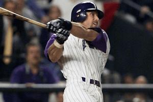 Luis Gonzalez Swing